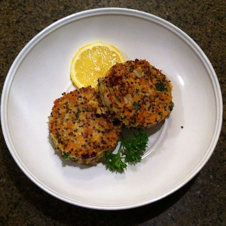 quinoa cakes with lemon, olive & parsley - life, scraps & ink